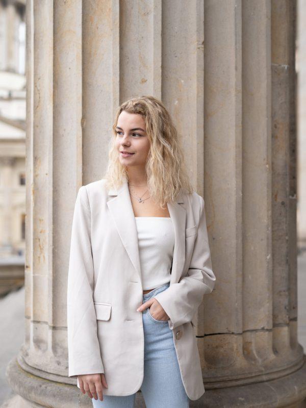 LORELAI_VAN_LUX_Hannah_Geuenich-23